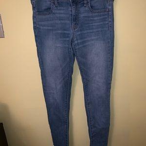 American Eagle lightwash jeans